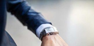 Men-Should-Wear-A-Watch